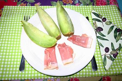 Schnell und einfach zubereitet: Melone mit Schinken